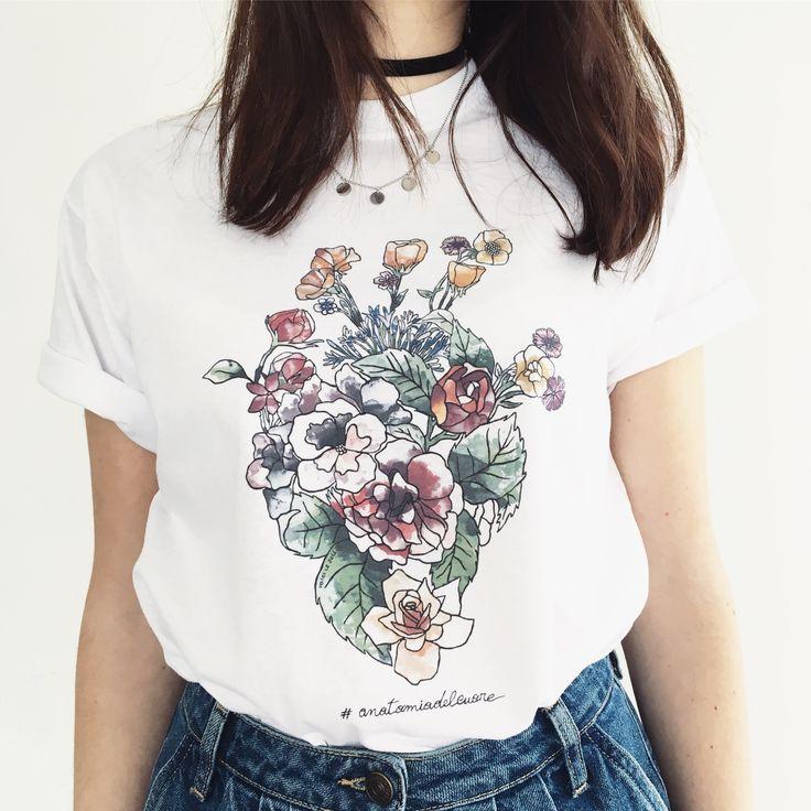 HEART LOVE - ANATOMIA DEL CUORE New collection Voici le Joli® white T-shirt in pure cotton with original graphic Voici le Joli®