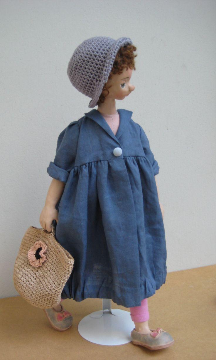 Η Βικτωρία με καπέλο