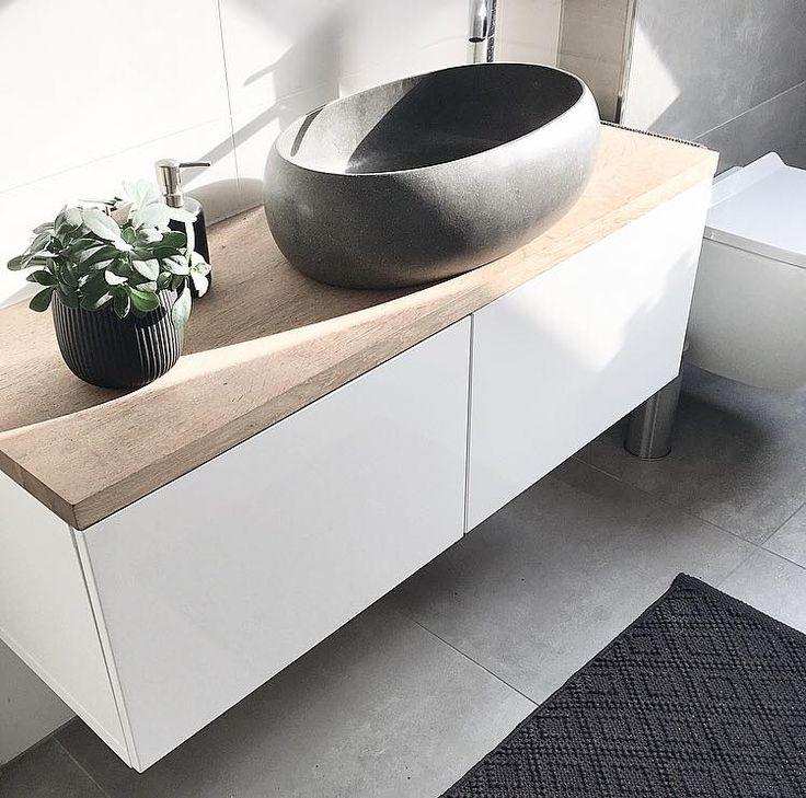 Badezimmer Waschtisch DIY: Bestå Sideboard + Eichenplatte + Terrazzo Waschbecken =