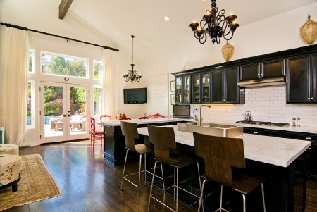 Tori Spelling kitchen   Home, Celebrity houses