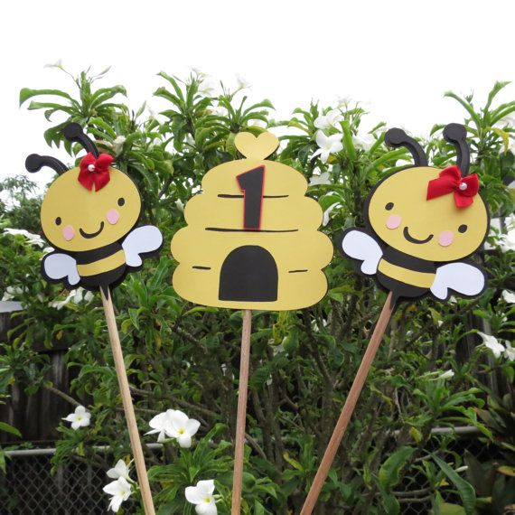 Girl Bumble Bee Honeycomb Table Decorations Set
