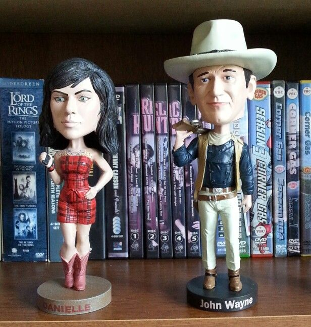The Duke just arrived to join Danielle from American Pickers amongst my bobbleheads. The Royal Bobbles John Wayne is well detailed. #HalifaxAuthor #Halifax #bobbleheads #johnwayne #daniellecolby #americanpickers #theduke