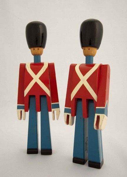 291 best images about juguetes de madera on pinterest - Juguetes antiguos de madera ...