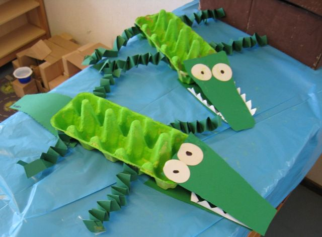 Crocodile Craft 1 Paint An Empty Egg Carton Green 2 Fold