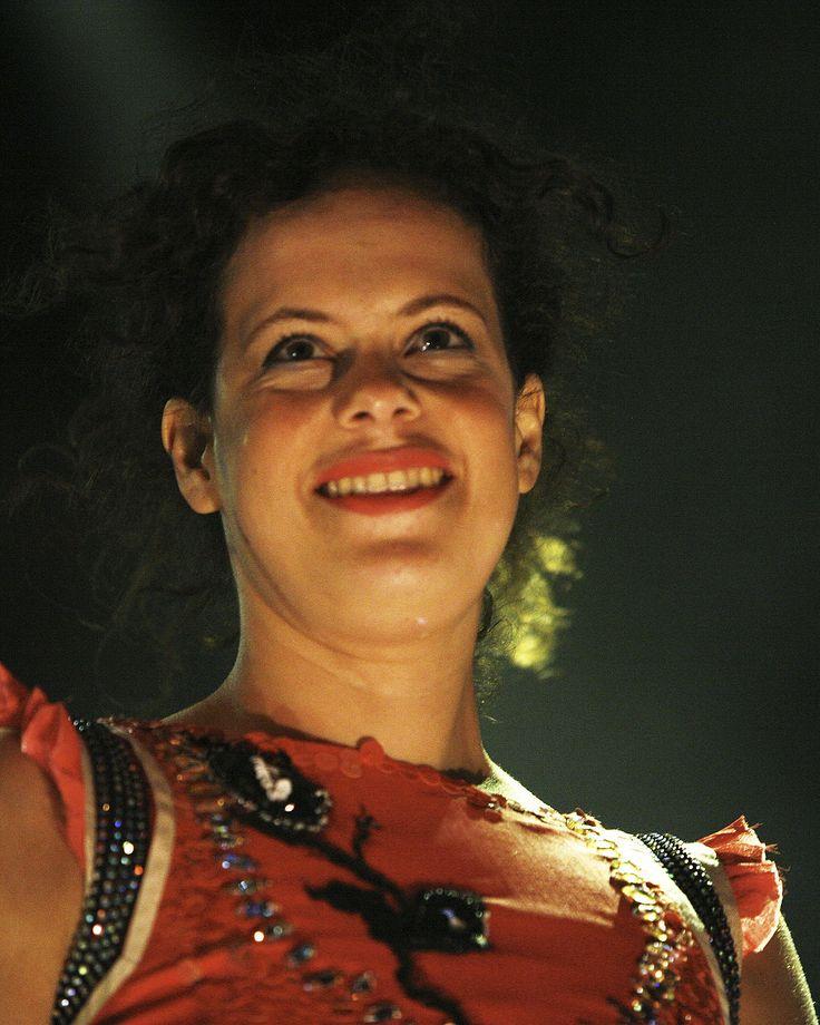 Régine Chassagne - Wikipedia