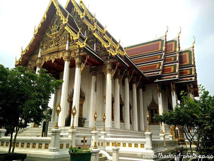 Буддийский храм в Тайланде