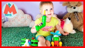 ❤ Детский конструктор вертолет и самолет. Keenway, Build and Play. Обзор игрушки. http://video-kid.com/10879-detskii-konstruktor-vertolet-i-samolet-keenway-build-and-play-obzor-igrushki.html  Привет друзья. Сегодня Маша играет детским конструктором Build and Play. Мы будем разбирать, а потом собирать конструктор самолет и конструктор вертолет. Для этого мы будем использовать детские инструменты. Детский шуруповерт и детскую отвертку. Очень интересная и занимательная игрушка, ребенку очень…