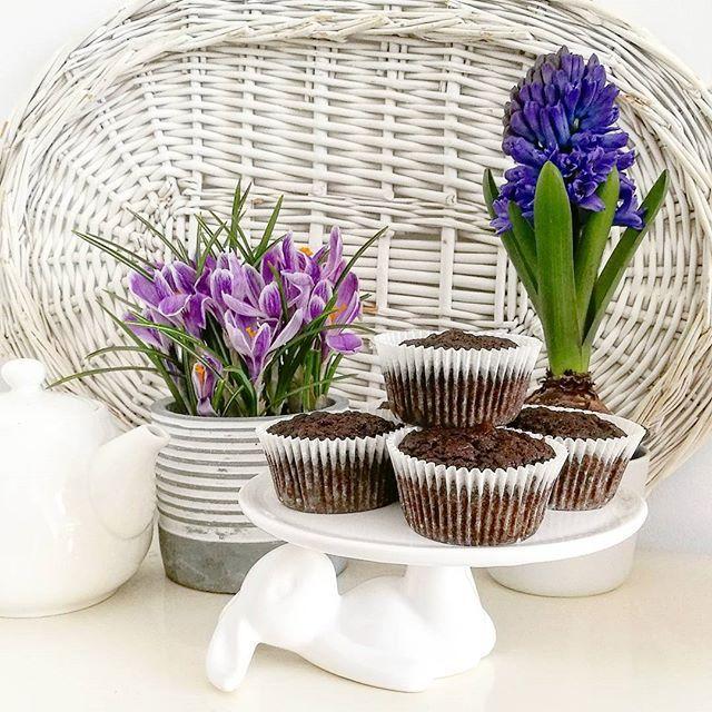 Witamy w niedzielny poranek. Dzisiaj mężowe urodziny 🎆🎉🎈 #spring #flower #bunny #chocomuffin #sundaymorning