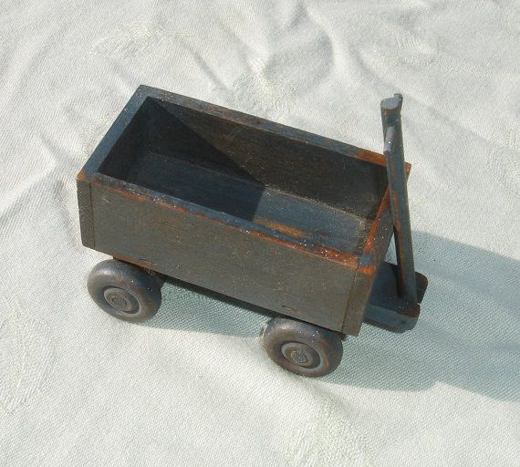 Small Vintage 1983 Rustix High Springs, FL Wooden Toy Wagon