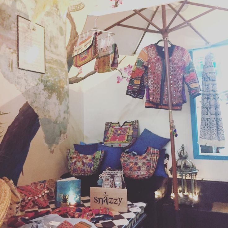 #popup fever 😱 stay tuned for the next one 🌴#snazzy #beachwear #accessories #london