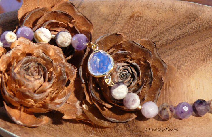 Amatista y piedra luna #jewelry #handmade #gemstones #joyeria #hechoamano #artesania #piedras