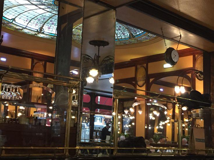 Il gioiello dell'Alsazia - Ecco una delle mie icone parigine degli anni '20, di cui adoro l'architettura, l'arte e la moda : venite a scoprire la storica brasserie Bofinger, a Parigi 12.