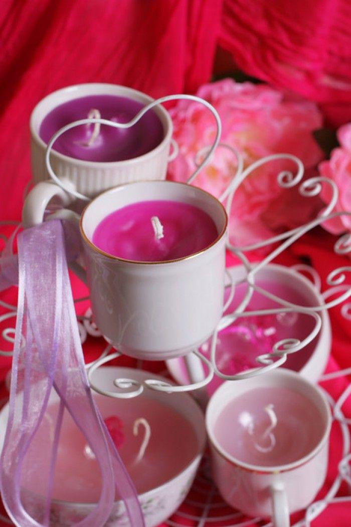 Kaarsen maken in oude kopjes