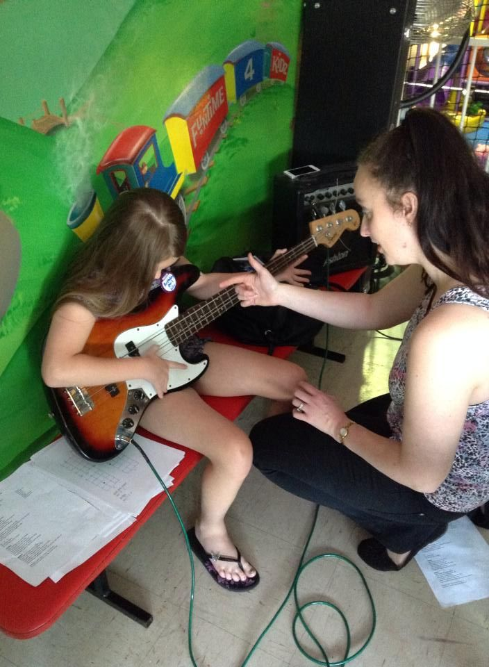 #Rockstar Lily learning #bass at our #InstrumentalWorkshop at #Funtime4Kidz in Menai