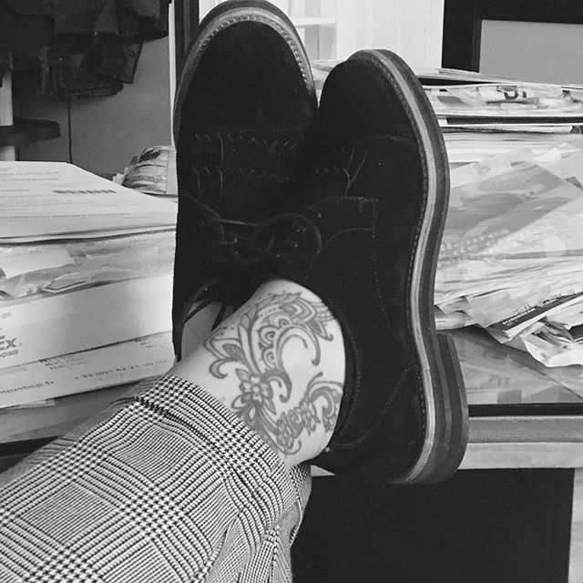 How's the boss ? With @muratti_paris be the boss of fashion !! #shoes#shoeslover#fashion#fashinista#girl#girly#tattoo#ink#derby#black#white#instagood#parisienne#paris#tagsforlikes#picoftheday  Muratti-paris.com