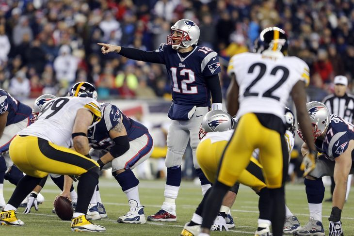 Steelers vs. Patriots 2015: Time, TV schedule for Thursday night football - The defending Super Bowl champions will begin the season with Tom Brady at the helm as the team plays host to the Pittsburgh Steelers. - (Photo: David Butler II-USA TODAY Sports)   By Adam Stites - @AdamBCC on Sep 10, 2015, 9:00am