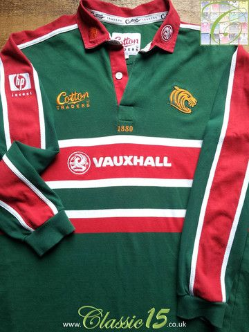 Relive Leicester Tigers' 2001/2002 season with this vintage Cotton Traders home long sleeve rugby shirt.