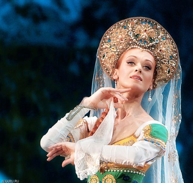 "Ulyana Lopatkina, ""Russkaya"", Mariinsky Ballet at Dance Open Ballet Festival, April 2010, Saint Petersburg, Russia"