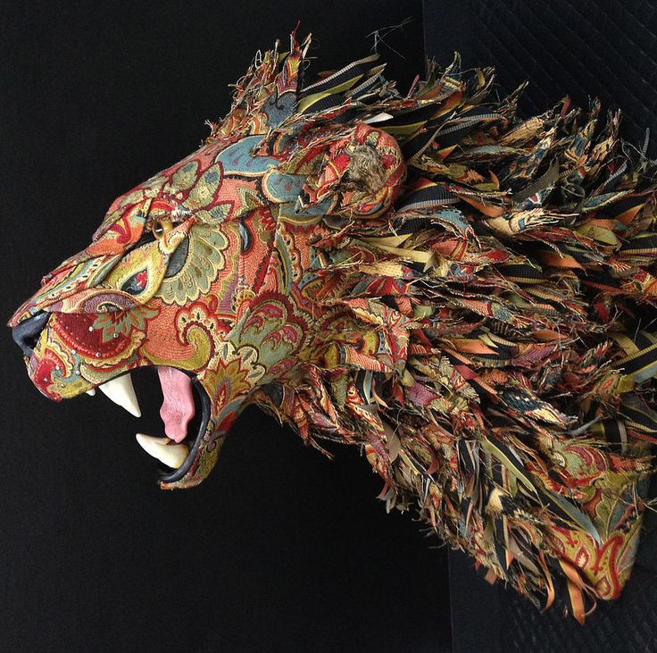 Born and bred in Wisconsin, artist Kelly Jelinek grew up around plenty of taxidermied animals brought home from hunting trips