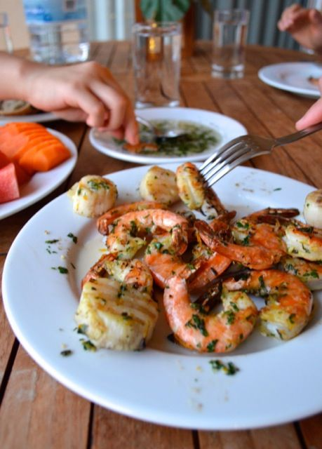 Herbed Citrus Grilled Shrimp & Scallops. Perfect for a light summer BBQ - THE WOKS OF LIFE