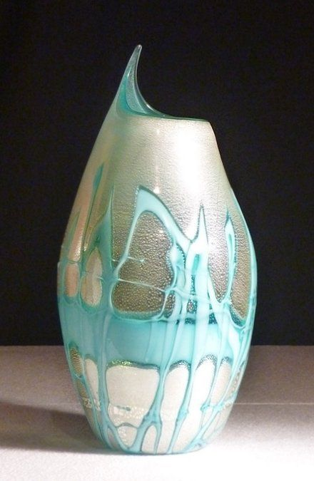 Murano vase in blown glass, double layer and coloured threads. 2011