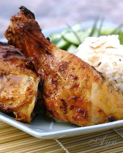 Тайская кухня. курица (1 1/2 — 2 кг), разрезать на 4 части, или любые части курицы, или 1 кг куриного филе (грудки,бёдрышки) Маринад 2 ч л семян кориандра 2 ч л семян кумина 1 ч л морской сол…
