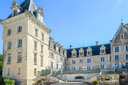 Maison à vendre à Bourges, Cher, Centre, avec Leggett Immobilier