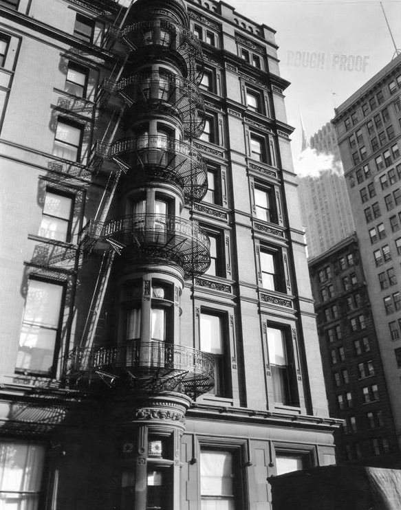 Murray Hill Hotel, Manhattan. Photo by Berenice Abbot, 1935.