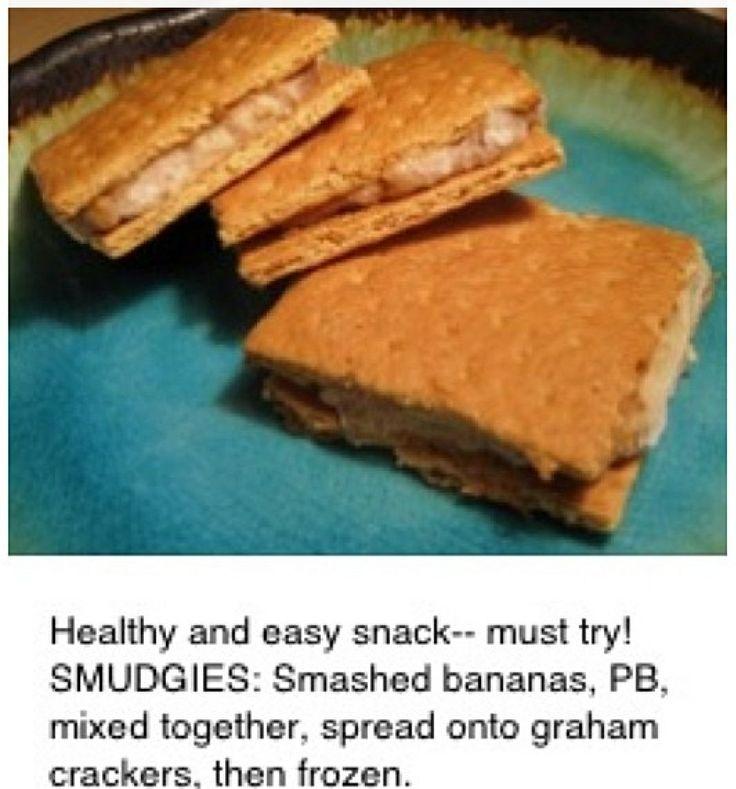 SMUDGIES!! Smashed bananas, PB, and graham crackers