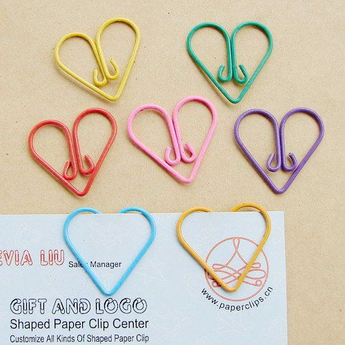heart shaped paper clips This is one project i wish i had thought of myself i saw these adorable heart-shaped paperclips from how about orange  heart, paper clips, valentines day craft.