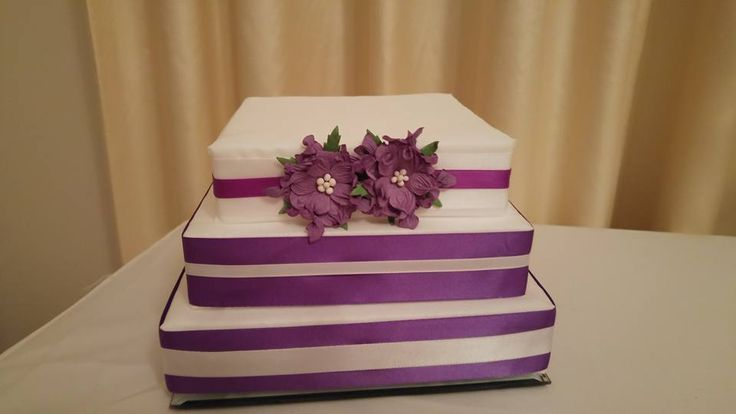 Fake Cake Centerpiece for Lolly Buffets...