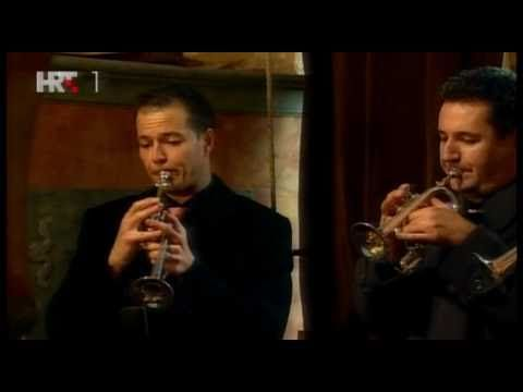 Telemann - Concerto in D major for 3 trumpets, organ & timpani in D