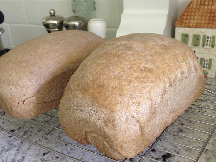 THM Easy Whole Grain Sprouted Bread Machine Bread (E Trim Healthy Mama)  So easy, soft and yummy! Recipe by Kristen Flournoy Hay at www.joyful-jane.com