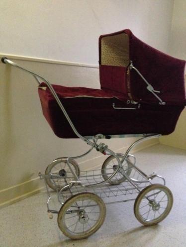 Vintage kinderwagen