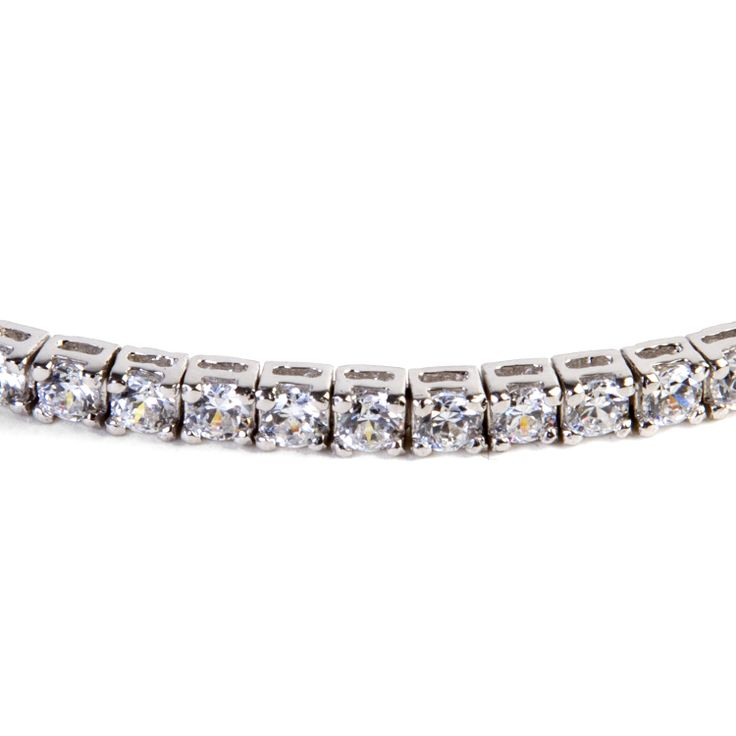 A close detail. Enhance your fashion with this silver #tennis bracelet. Sparkling with square white cubic #zirconia, is an excellent complement to your casual or formal outfit. #jewel #madeinitaly #chic #fashion #ultimaedizione #musthave