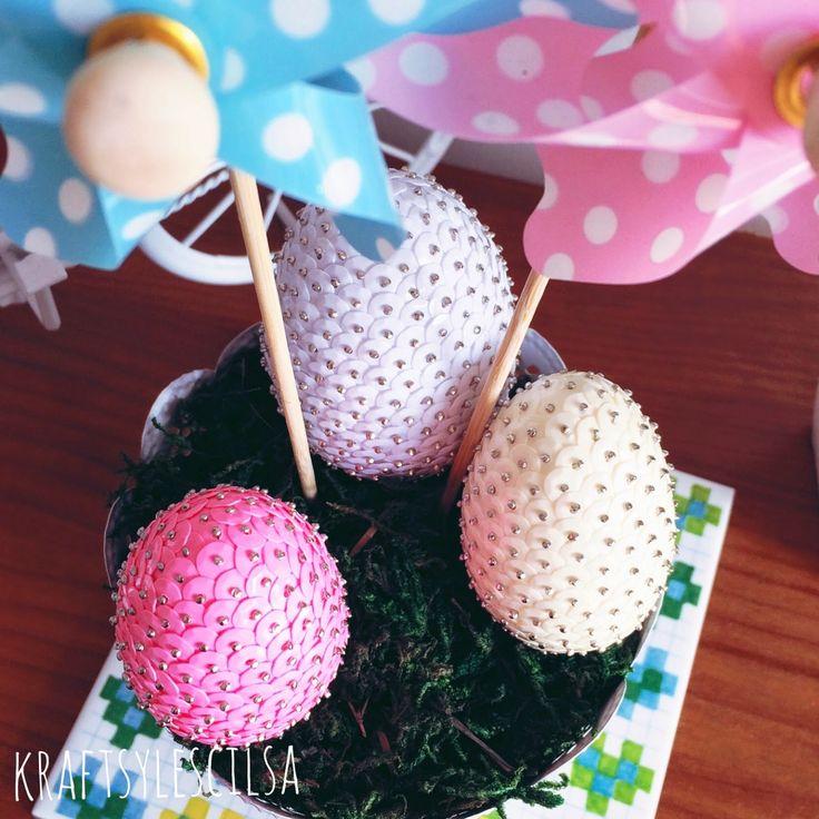 Do czego przed Wielkanocą mogą posłużyć cekiny? U nas w domu zapowiadają Wielkanoc.  #wielkanoc #cekinowejaja #easter #homedecor #diy #cekiny