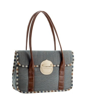 this is the second S&R handbag.. and the one I will taking on the first day of new job..