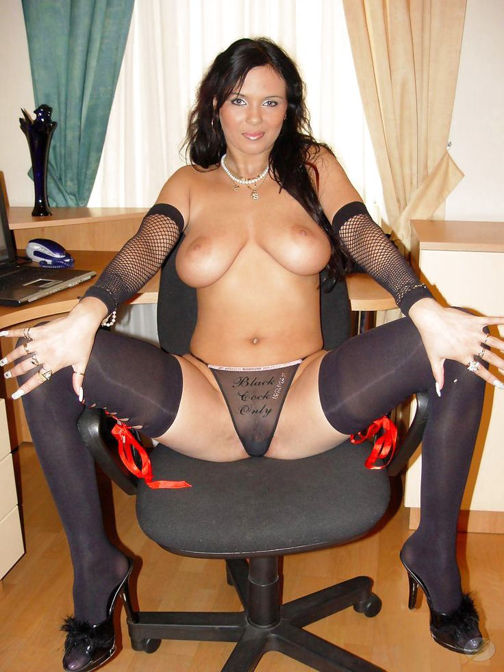 Free black milf action in nylons