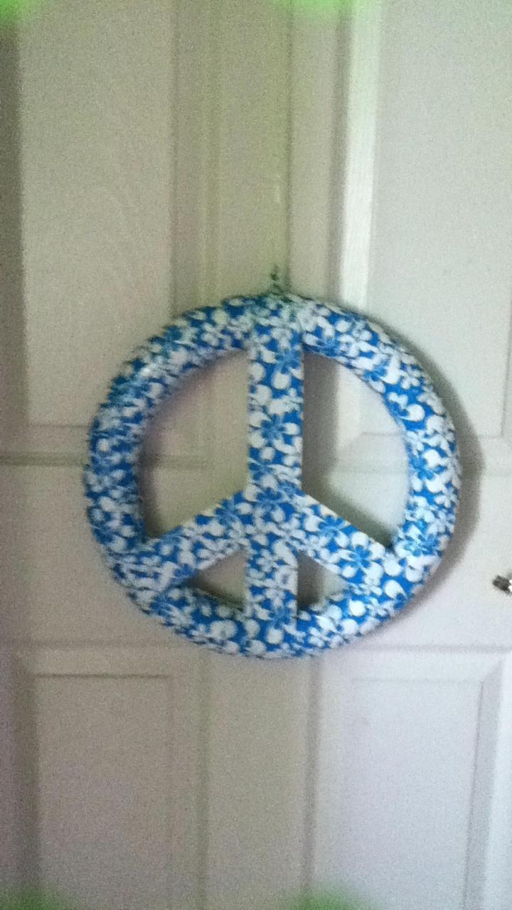 how to make a wreath using styrofoam