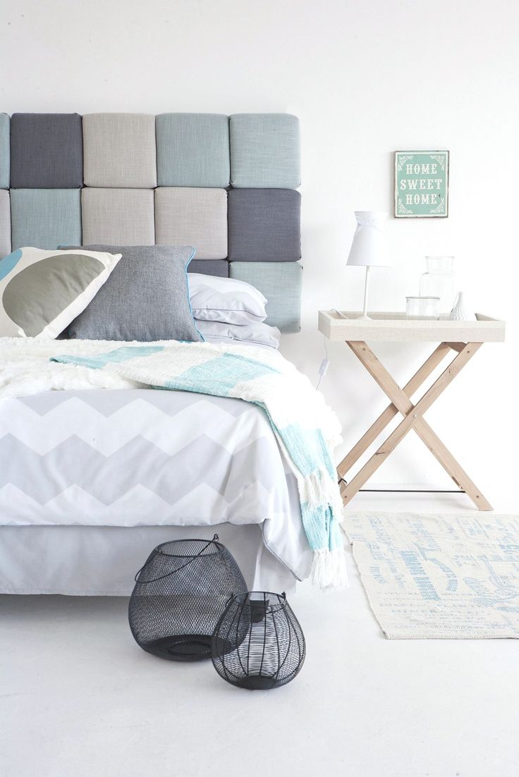 Har du lim, stiftepistol, vatt, skumgummi og en sponplate, lager du lett din egen sengegavl.