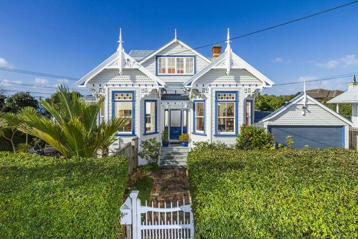 Charming Devonport villa