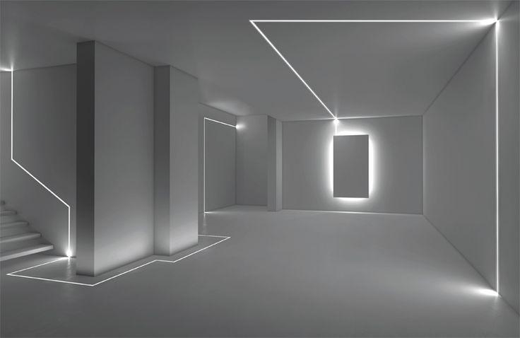 """Spejle sættes op """"svævende"""" i massiv træramme i top og bund og LED lyser svagt fra bagside... til garderobe evt?"""