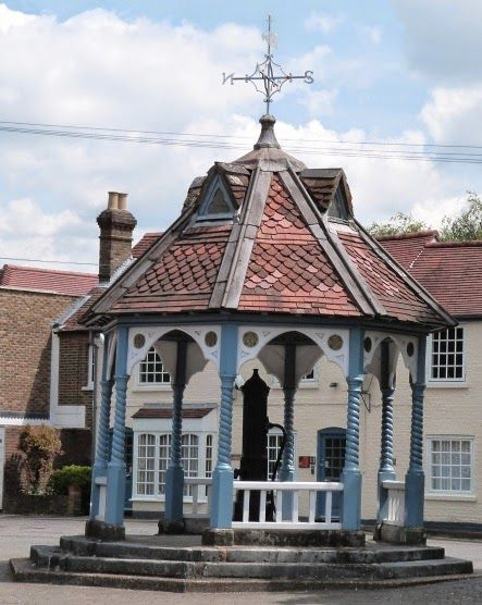 .This village pump was built in 1866 and used until 1914. Ickenham, UK