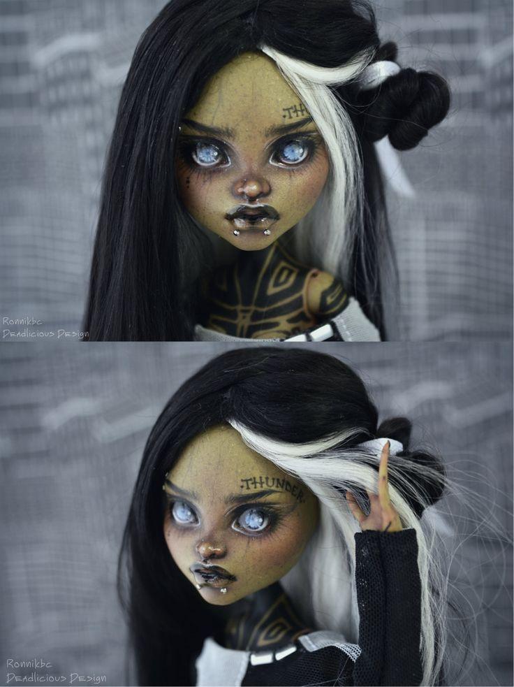 OOAK Monster High doll repaint Clawvenus in full by RonnikBC