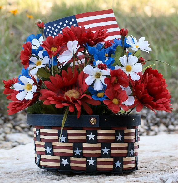 30 Patriotic Home Decoration Ideas In White Blue And Red: 1000+ Images About July 4th / Americana Decor On Pinterest