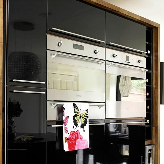 Where Are Microwaves Placed In New Kitchens