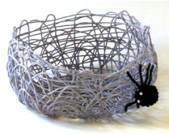 Miss Spider's Treat Basket (Crafts)