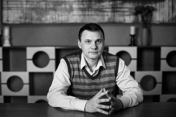 Вячеслав Юшин http://yv.appme.ru/ Психолог-психоаналитик, кандидат в групповые аналитики (индивидуальное психологическое консультирование взрослых, проведение терапевтических групп). По рекомендациям, полученным от Владимира Шамова и Андрея Зубарева, ему присвоен статус Практики при поддержке Альянса.
