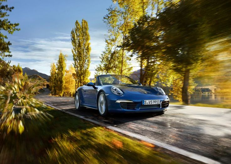 The new 911 Carrera 4 models – Exclusive first pictures