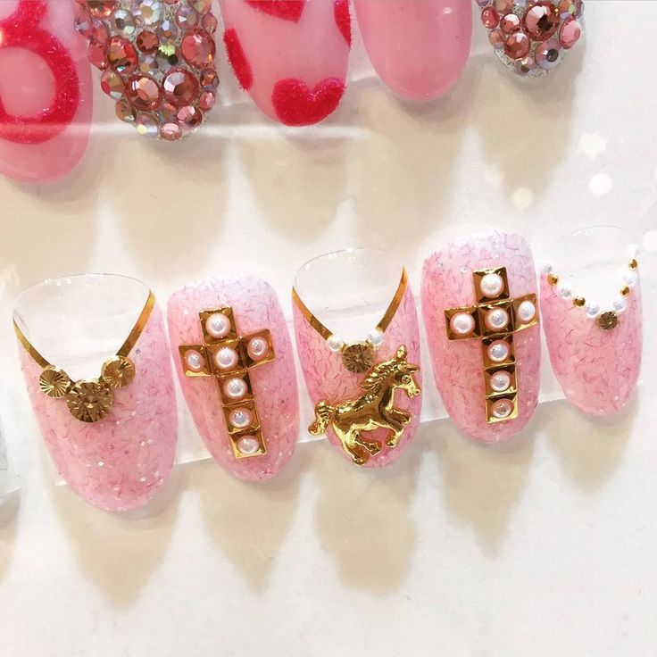 artwork by @rp_yoko  #nailpartner#acegel#yokomatsuda#gelart#gelnail#nailclub#naildesign#nails#nailart#美甲#松田ようこ#Barbie#バービー#instanails#instagood#エースジェル#エース#ネイルパートナー#pink